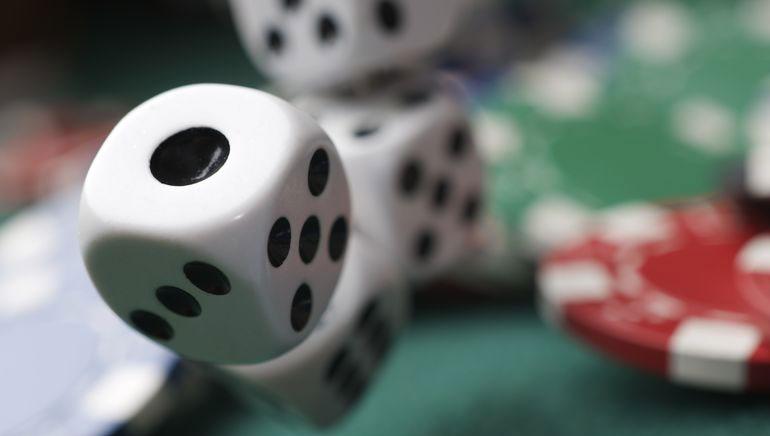 Club Noire – Online Casino Riches