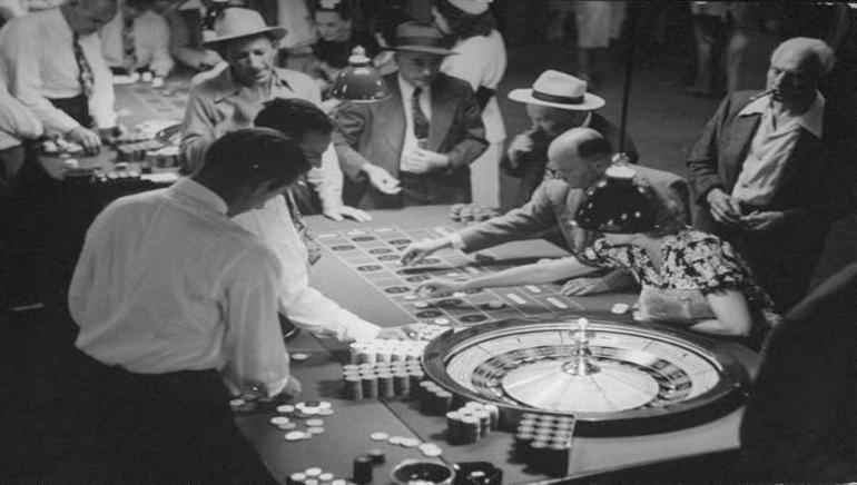 Die Entstehung des Online-Glücksspiels
